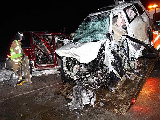 Three killed, four injured in Alberta crash